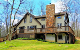 121 Fiddlers Court, Cresco PA