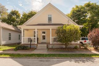 1046 West Monroe Terrace, Springfield MO