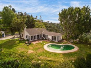 13745 Mulholland Drive, Beverly Hills CA