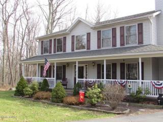 123 Rodeo Drive, Lords Valley PA