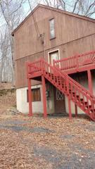 325 Saunders Drive, Bushkill PA