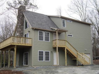 201 Tanager Rd, Lackawaxen, PA