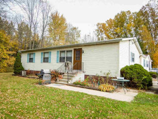 5564 Brown Road, Little Suamico WI