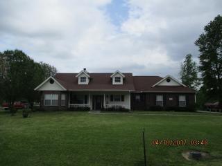 806 West Black Gum, Village Mills TX