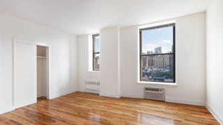 50 W 77th St, Manhattan, NY