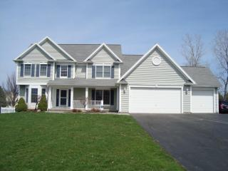 17 Hawkes Trail, Webster NY