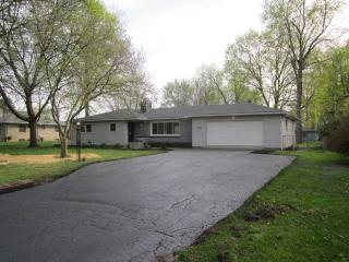 5636 Winchester Rd, Fort Wayne, IN