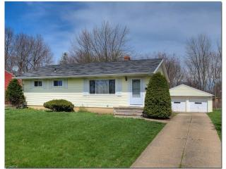 24136 Maria Lane, North Olmsted OH