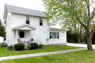146 South View Street, Hinckley IL