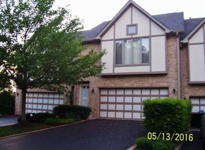 24 Cliffside Circle Drive, Willow Springs IL