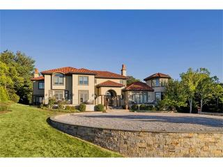 345 Vineyard Point Road, Guilford CT