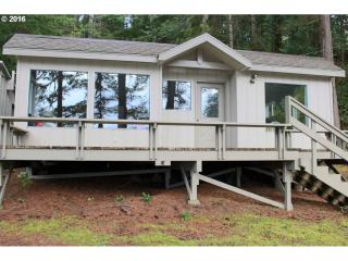 1221 North Tenmile Lk, Lakeside OR