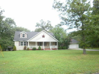 1560 Cherokee Road East, Crossville TN
