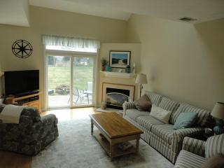 28 Southcliff Drive, Plymouth MA