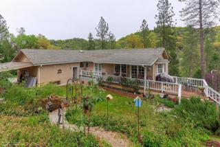17624 Dog Bar Road, Grass Valley CA