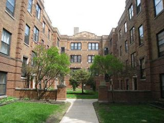 3507 N Racine Ave, Chicago, IL