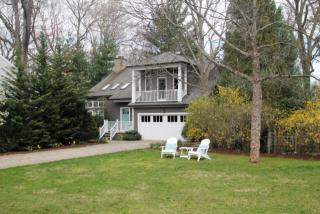 6 Pond Ridge Ln, Norwalk, CT