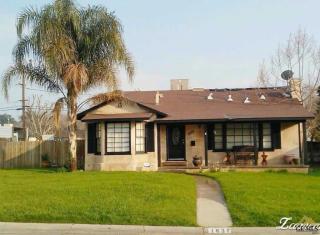 1637 Los Robles Drive, Bakersfield CA