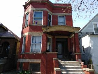 7158 South Carpenter Street, Chicago IL