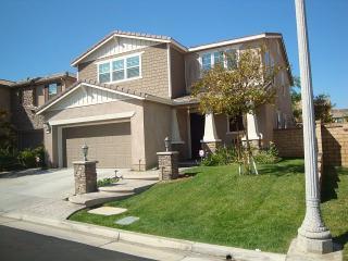 28565 Las Canastas Drive, Valencia CA