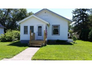 242 East Rooney Avenue, Appleton MN