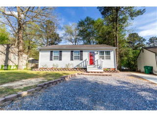 8611 Middle Road, North Chesterfield VA