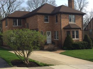 751 Maclean Avenue, Kenilworth IL