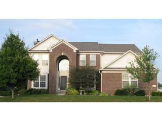 12457 Gray Eagle Drive, Fishers IN
