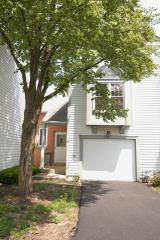 121 South Atherton Court, Bloomingdale IL