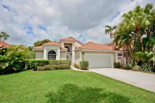 13869 Palm Grove Pl, West Palm Beach, FL