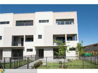 835 Northeast 17th Terrace #7, Fort Lauderdale FL
