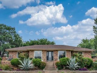 4004 Diamond Loch East, North Richland Hills TX