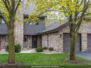 74 Spencer Village Court, Appleton WI