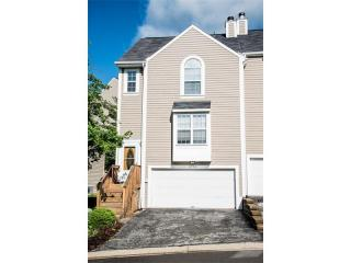 2752 Hunters Point Drive, Wexford PA
