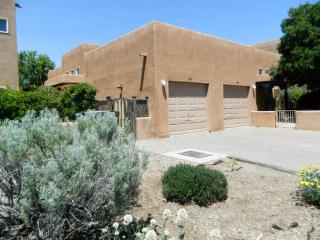 1515 Los Jardines Place Northwest, Albuquerque NM