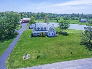 3922 East Old Trail Road, Columbia City IN