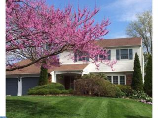 209 Creekwood Dr, Feasterville-Trevose, PA