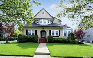115 Brower Avenue, Rockville Centre NY