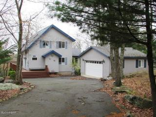 224 Remuda Drive, Lords Valley PA