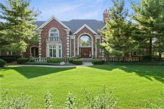 42 Stone Creek Drive, Lemont IL