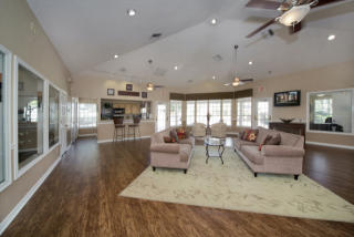 3378 Mission Lake Dr, Orlando, FL