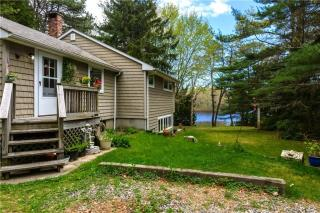 506 Switch Road, Wood River Junction RI