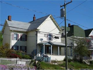 837 Bank Street, New London CT