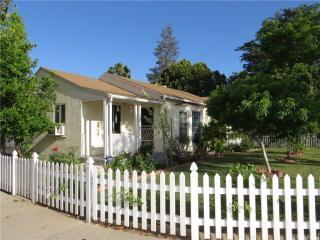 6662 Winnetka Avenue, Winnetka CA