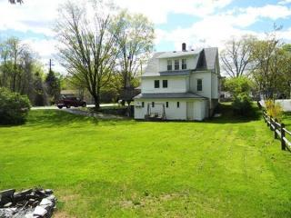 154 Lake Ellis Road, Athol MA