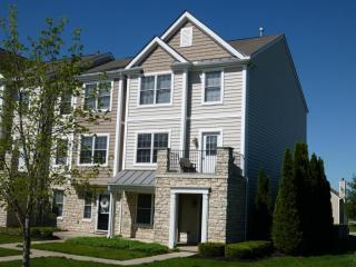 220 Autumn Ridge Circle, Pickerington OH