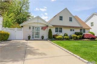 163 Meridian Road, Levittown NY