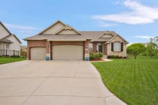 843 North Crescent Lakes Place, Andover KS