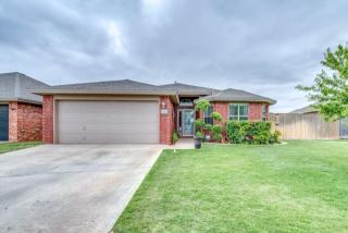 615 N 8th St, Wolfforth, TX