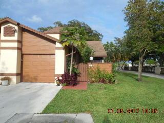 3787 Collinwood Lane, West Palm Beach FL